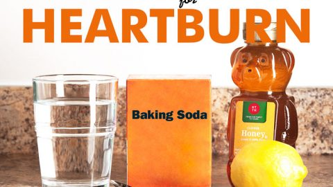 How to use baking soda for heartburn. Recipe for remedy with two variations.