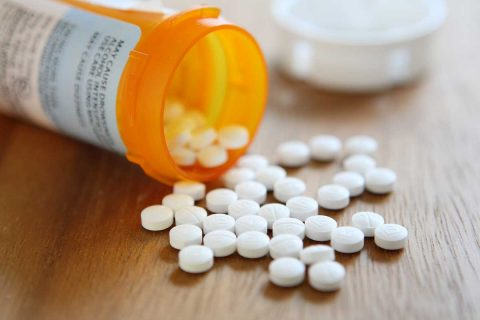 Narcotics like morphine, codeine, oxycontin, and methadone cause heartburn and worsen acid reflux, and gastroesophageal reflux disease (GERD) symptoms by causing esophageal dysfunction, slowed digestion, and opioid-induced vomiting. Though the side effects of narcotic use are a major challenge, there are strategies for preventing heartburn and GERD.