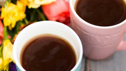 Low acid coffee reduces the instance of heartburn,acid reflux, and other digestive disorders and should be considered when on a low acid diet. This article covers how low acid coffee lowers heartburn and the best low acid coffee brands.